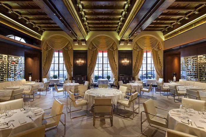 Myron Wolman Decor Restaurant Design